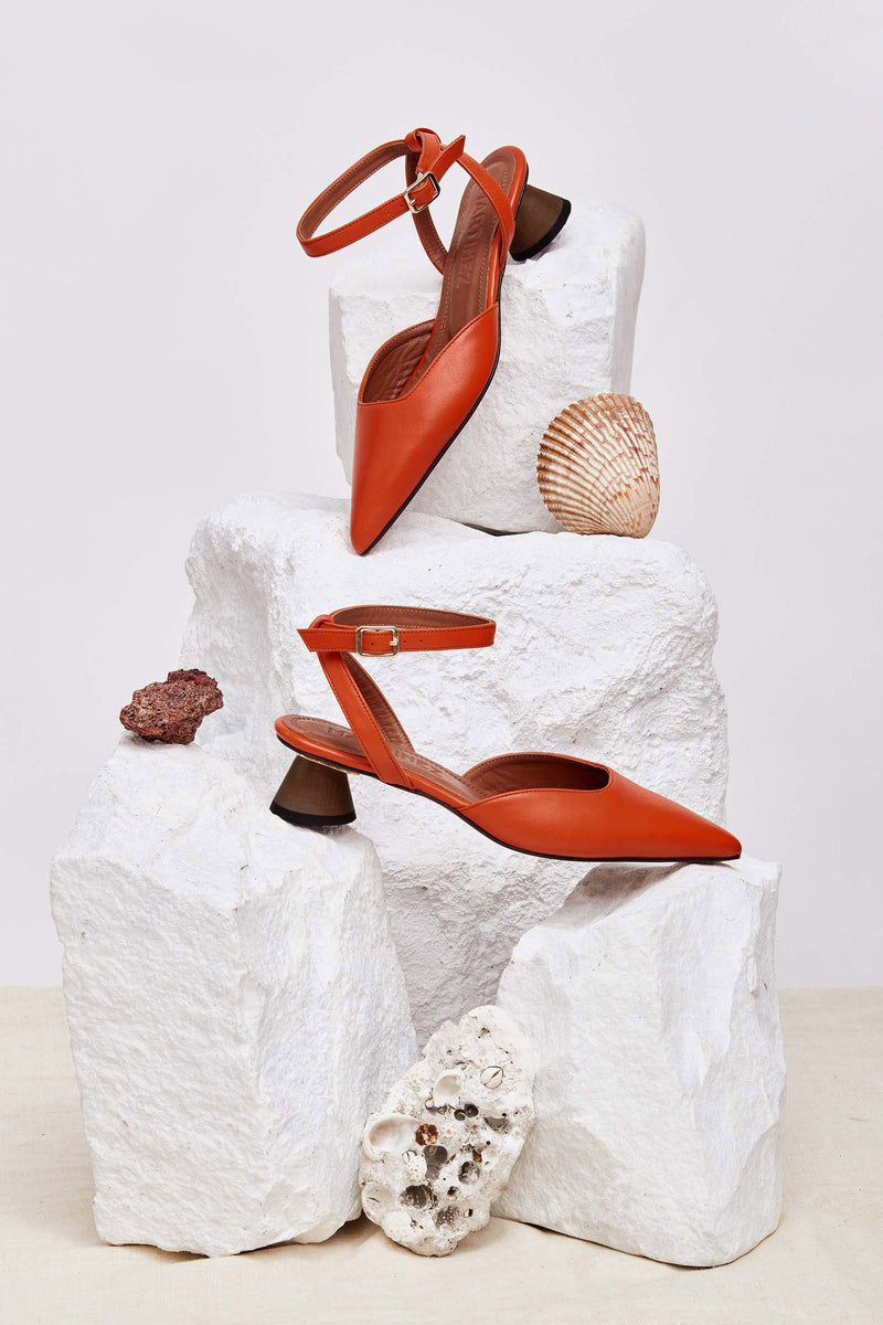 REGINA - Orange Leather Pumps with Ankle Strap