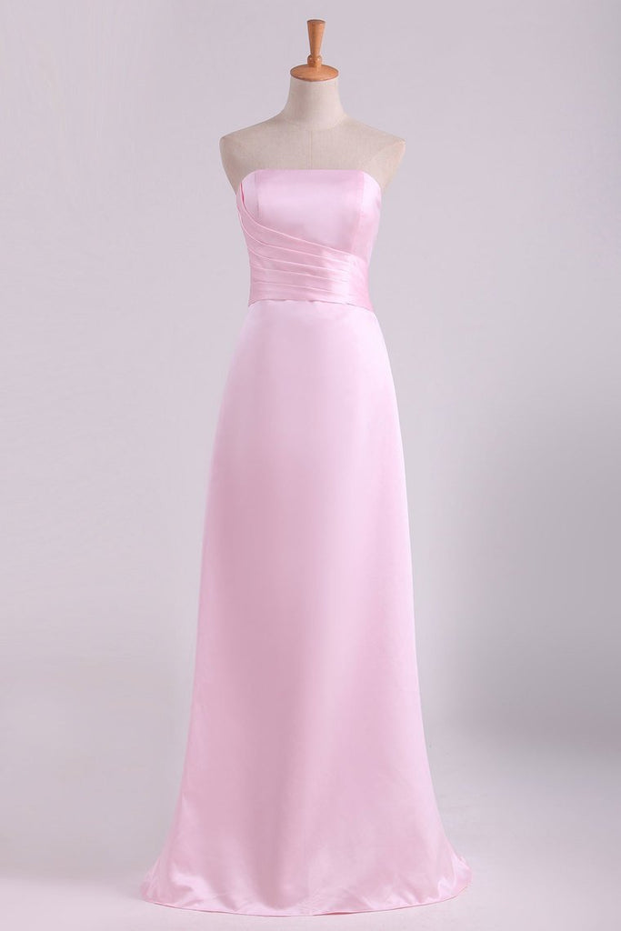 2019 Strapless Bridesmaid Dresses A Line With Ruffles Floor
