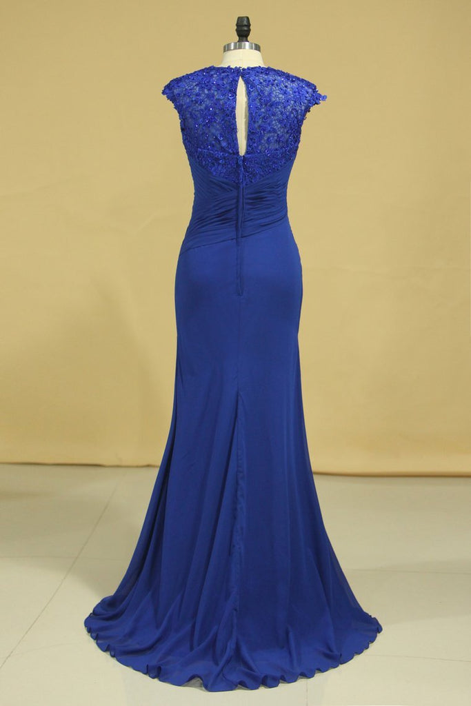 2019 Hot V Neck Mother Of The Bride Dresses Dark Royal Blue Sweep Train With Ruffle Cap Sleeves