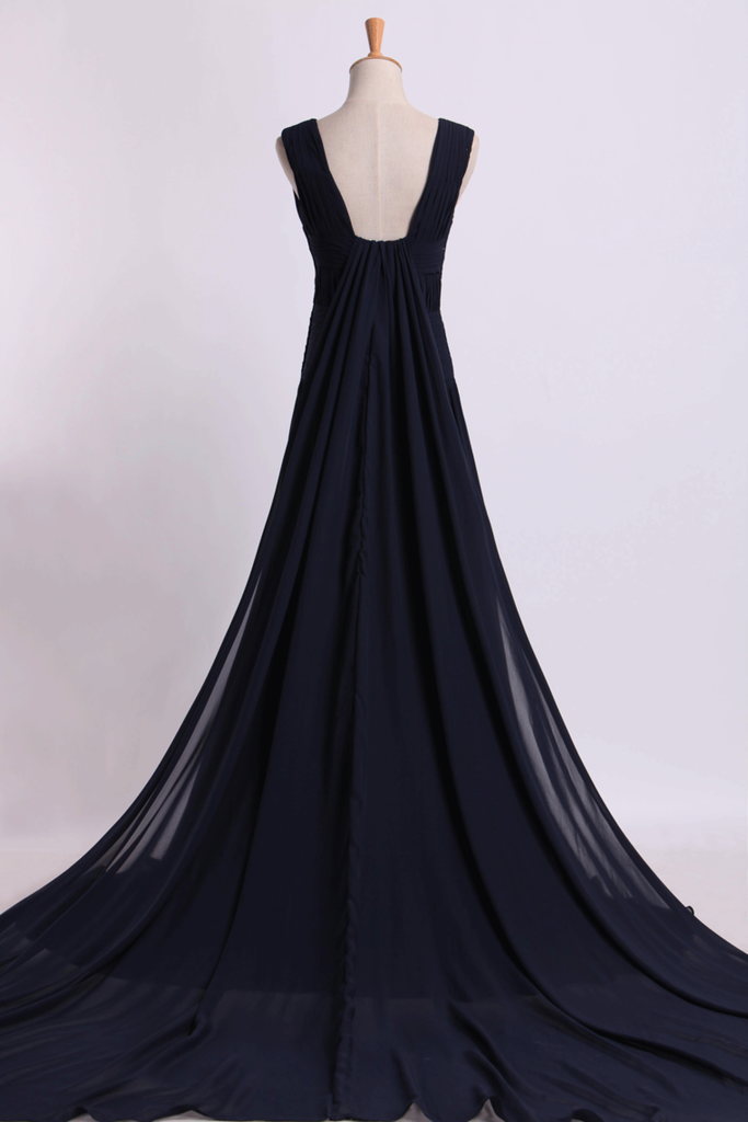2019 V-Neck Prom Dresses A-Line With Ruffles Court Train