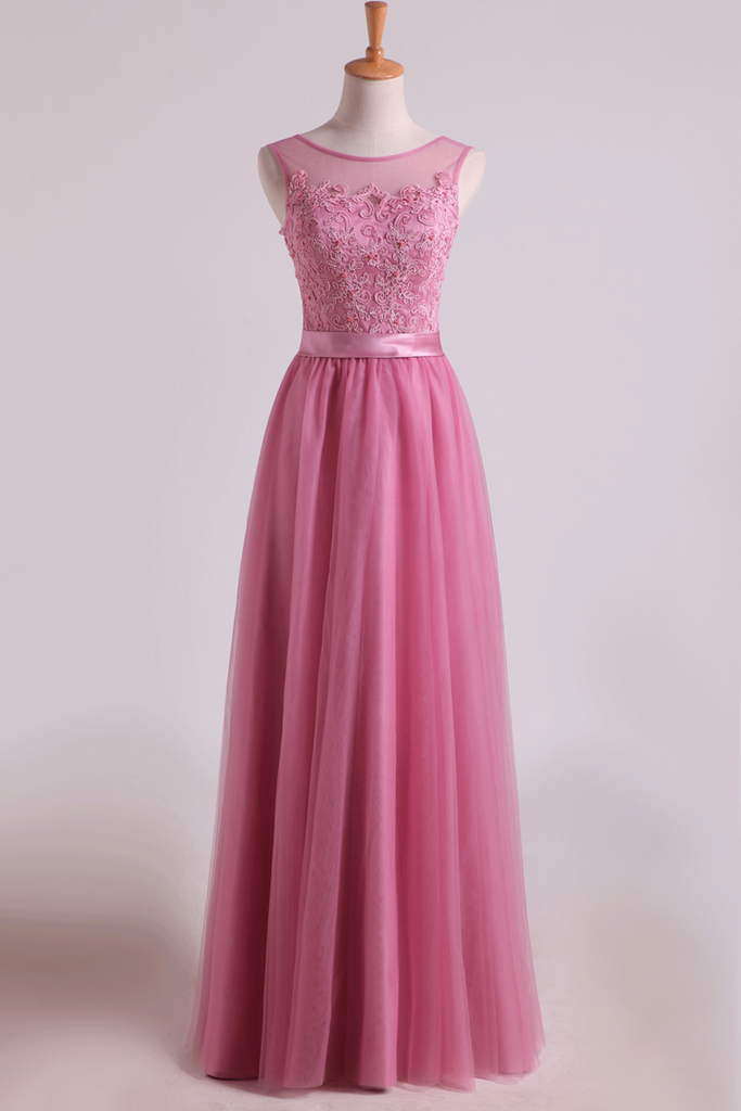 2019 Bridesmaid Dresses Scoop A Line Floor Length With Applique Tulle