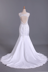 2019 Hot Wedding Dresses Mermaid V-Neck Court Train Satin With Applique Open Back