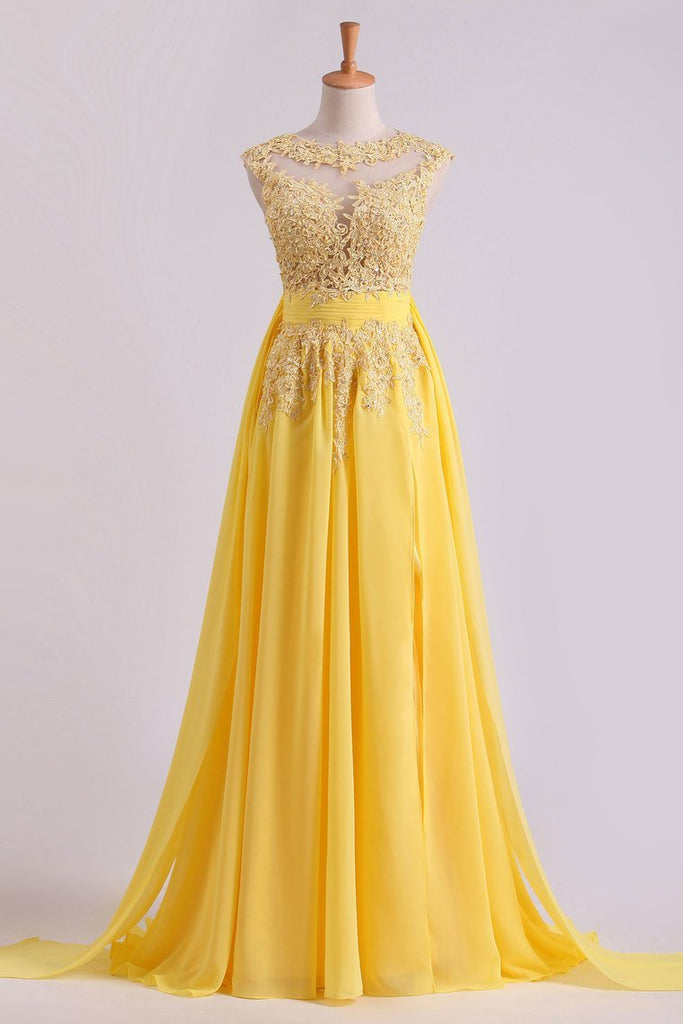2019 Enchanted Bateau A-Line Court Train Prom Dresses With Applique & Bow-Knot Daffodil