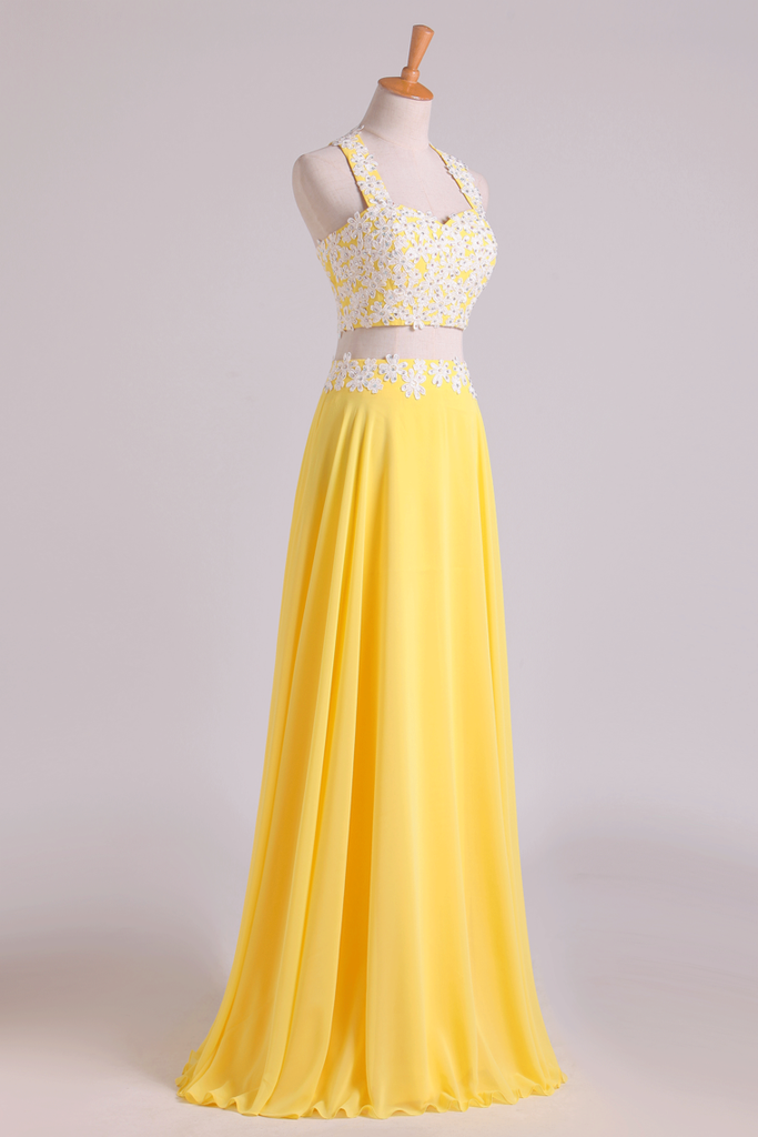2019 New Arrival Halter Prom Dresses A-Line With Applique Chiffon