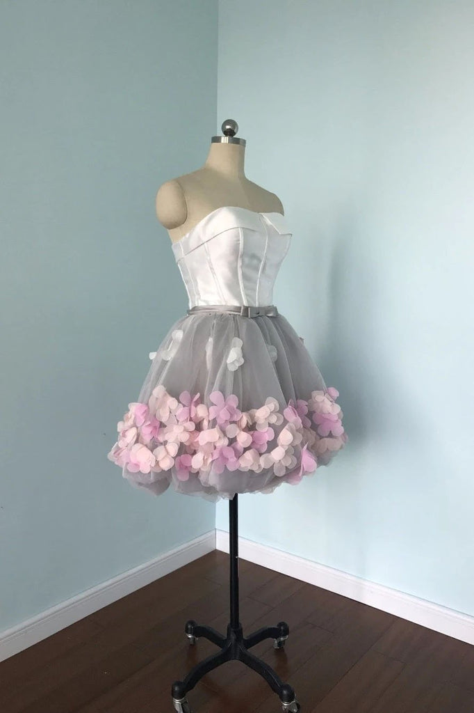 Cute Gray Strapless Tulle Homecoming Dresses with Flowers Short Sweet 16 Dresses