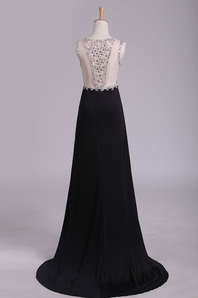 2019 Black Scoop Prom Dresses Sheath With Beading And Slit Spandex