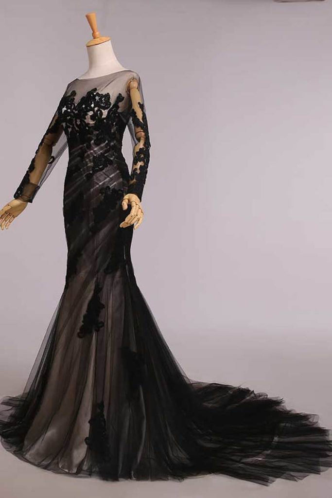 2019 Elegant Evening Dresses Mermaid Black Scoop Tulle With Applique Chic Mother Of Bridal Dresses