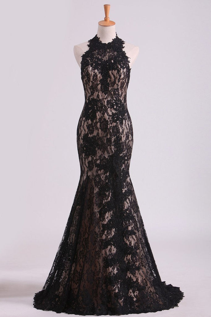 2019 Black Halter Prom Dresses Mermaid Lace Floor Length Open Back