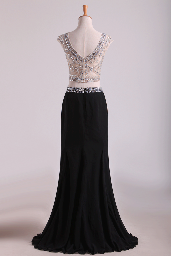 2019 Two-Piece Scoop Column Prom Dresses Beaded Bodice