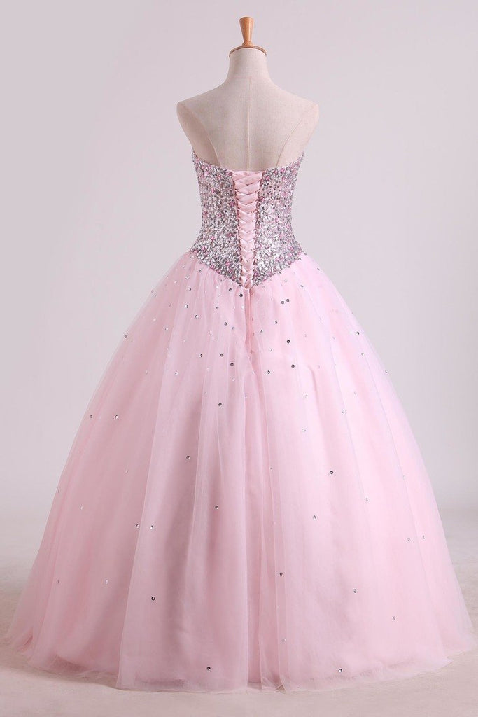2019 Awesome Ball Gown Sweetheart Prom Dresses Beaded Floor Length Lace Up