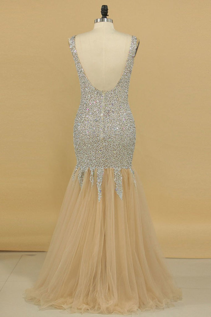 2019 V Neck Prom Dresses Open Back Beaded Bodice Mermaid Tulle Floor