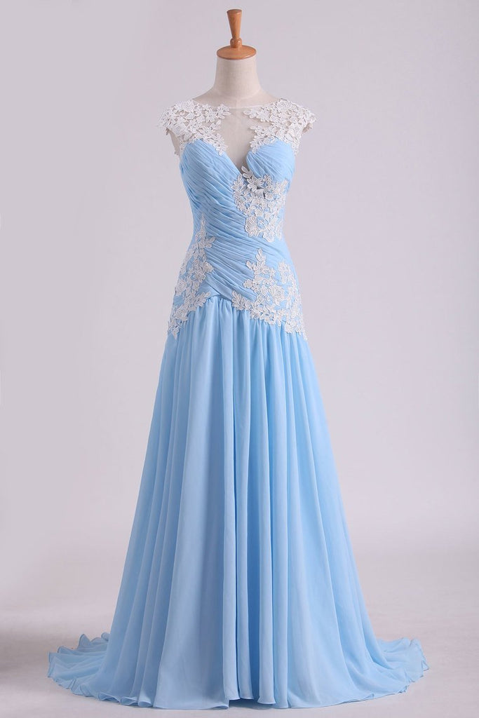 2019 Prom Dress Bateau Neckline Pleated Bodice Pick Up Chiffon Skirt With Applique