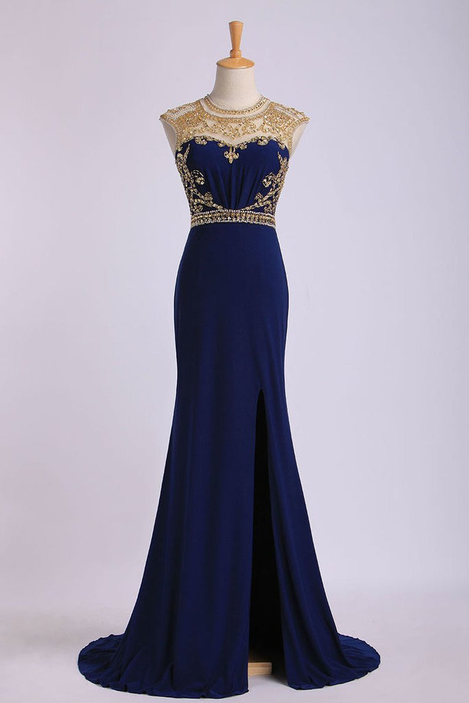 2019 Scoop Neckline Column Beaded Bodice Prom Dresses With Court Train &