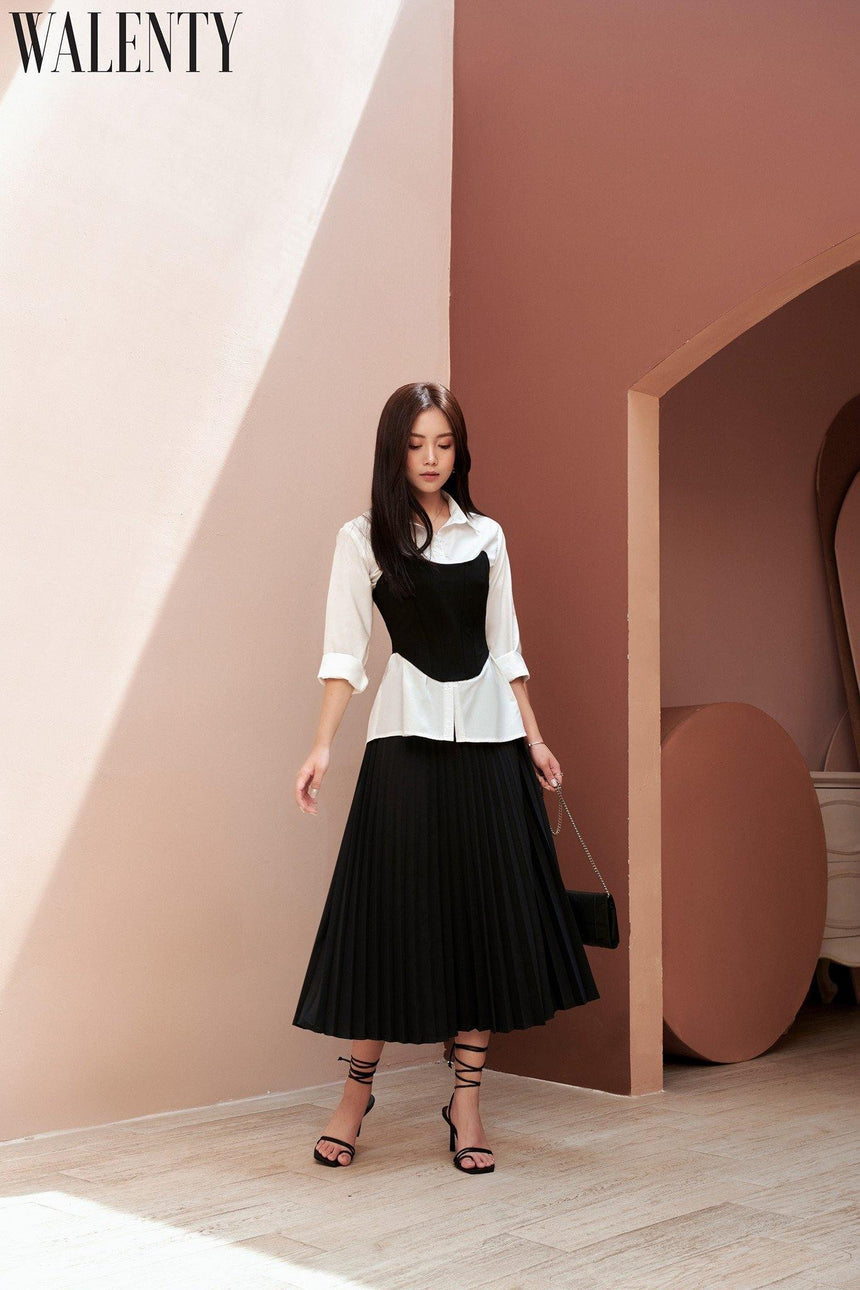 Essential Pleated Black Skirt - WALENTY