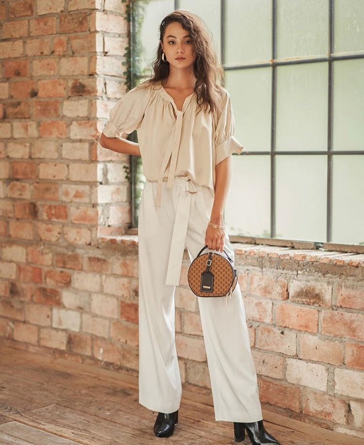 White Pleated Pants With Belt - MNT
