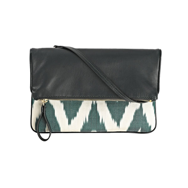 The Resort Clutch in Bodrium