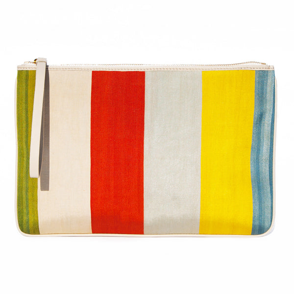 The Destination Travel Clutch Grand Yacizi