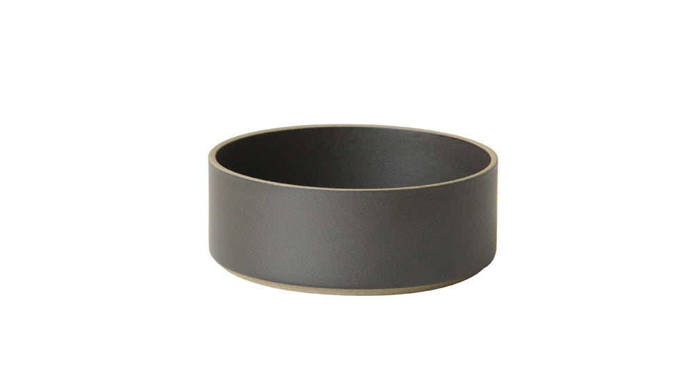 Hasami Porcelain Small Bowl, Black - Acacia