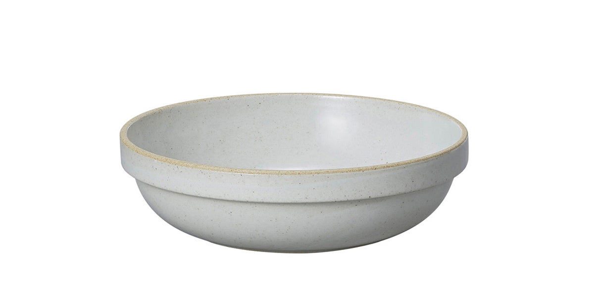 Hasami Porcelain Medium Bowl - Round, Gloss Grey - Acacia