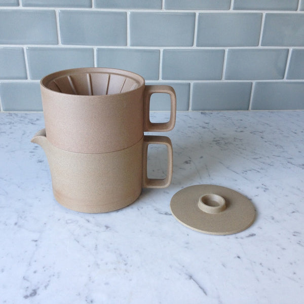 Hasami Porcelain Dripper, Natural - Acacia
