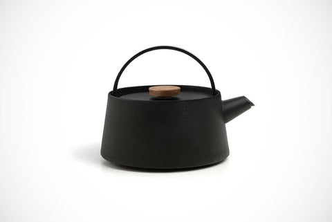 Tetu Cast Iron Kettle - Acacia