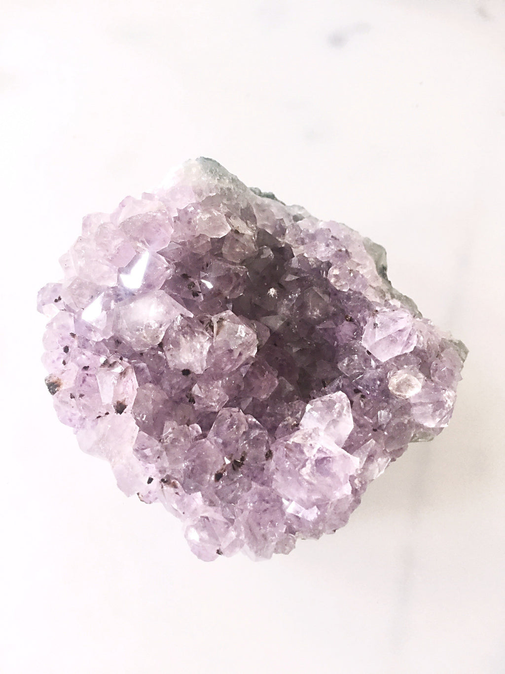Amethyst von Crystal and Sage Crystal and Sage