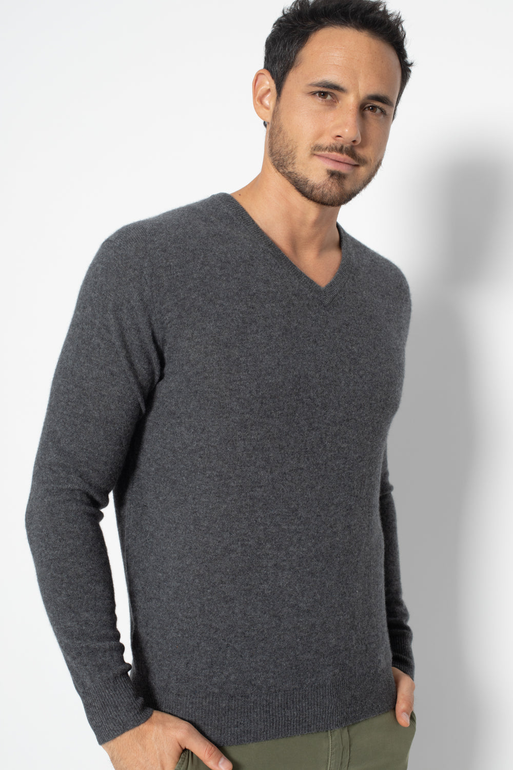 Pull Col V AGEL Gris Fonce, 100% Cachemire