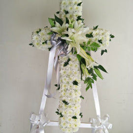 Comforting Cross Wreath CW - 30