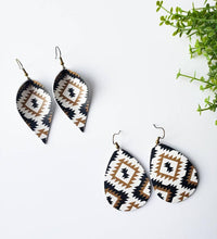 Load image into Gallery viewer, Aztec Print Leather Leaf Earrings
