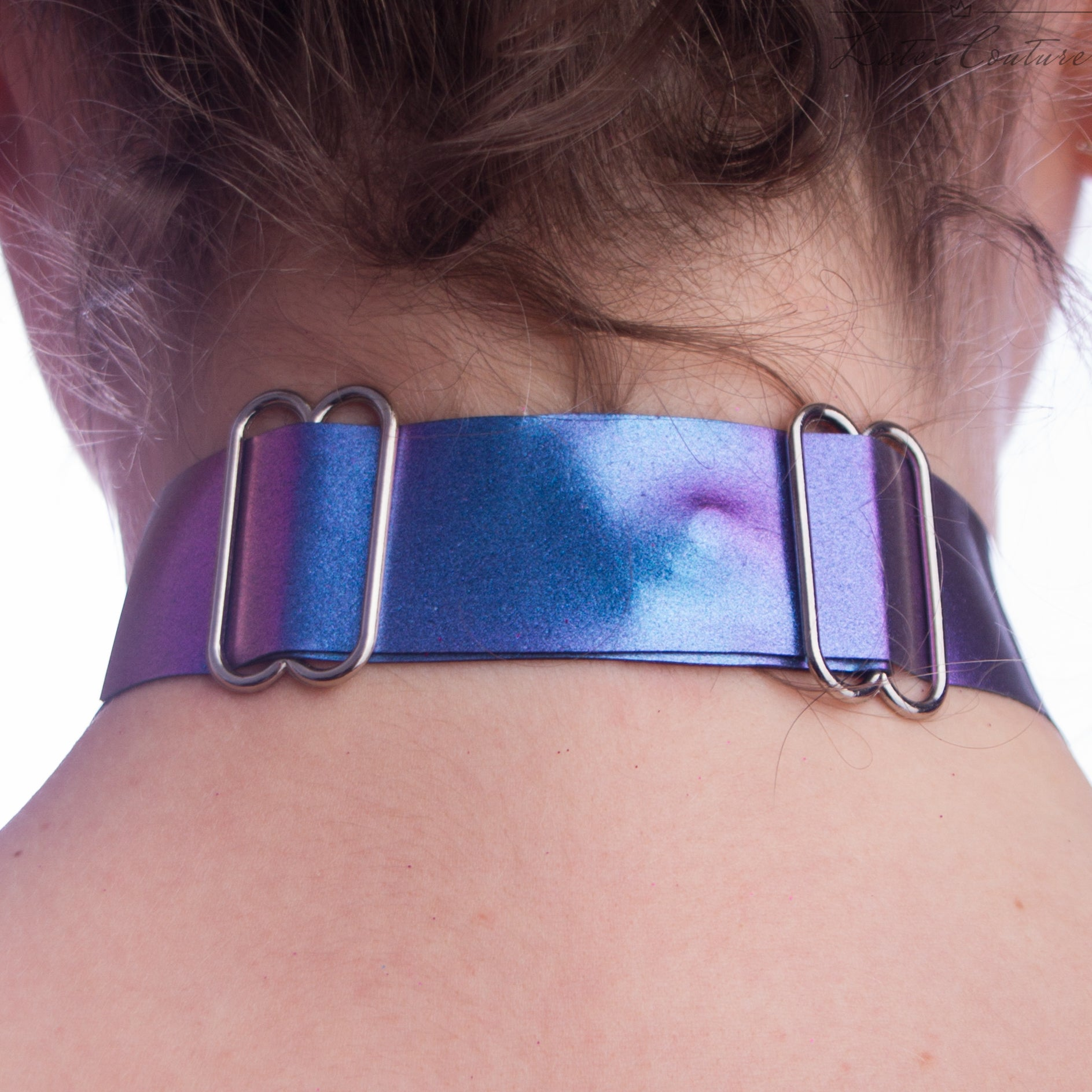 Pearlescent Latex Choker