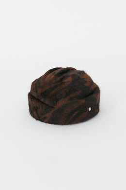 ELVEZIA BLACK AND BROWN HAT