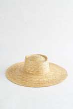 Load image into Gallery viewer, LUNARIA BISCUIT HAT