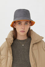 Load image into Gallery viewer, FRIDA ORANGE GREY DOUBLE-FACE HAT