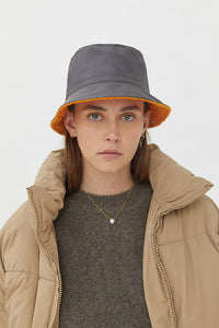 FRIDA ORANGE GREY DOUBLE-FACE HAT