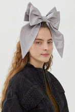 Load image into Gallery viewer, LULU' WHITE SHANTOUNG HEADDRESS