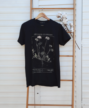 Load image into Gallery viewer, Pressed Flower Vintage Tee