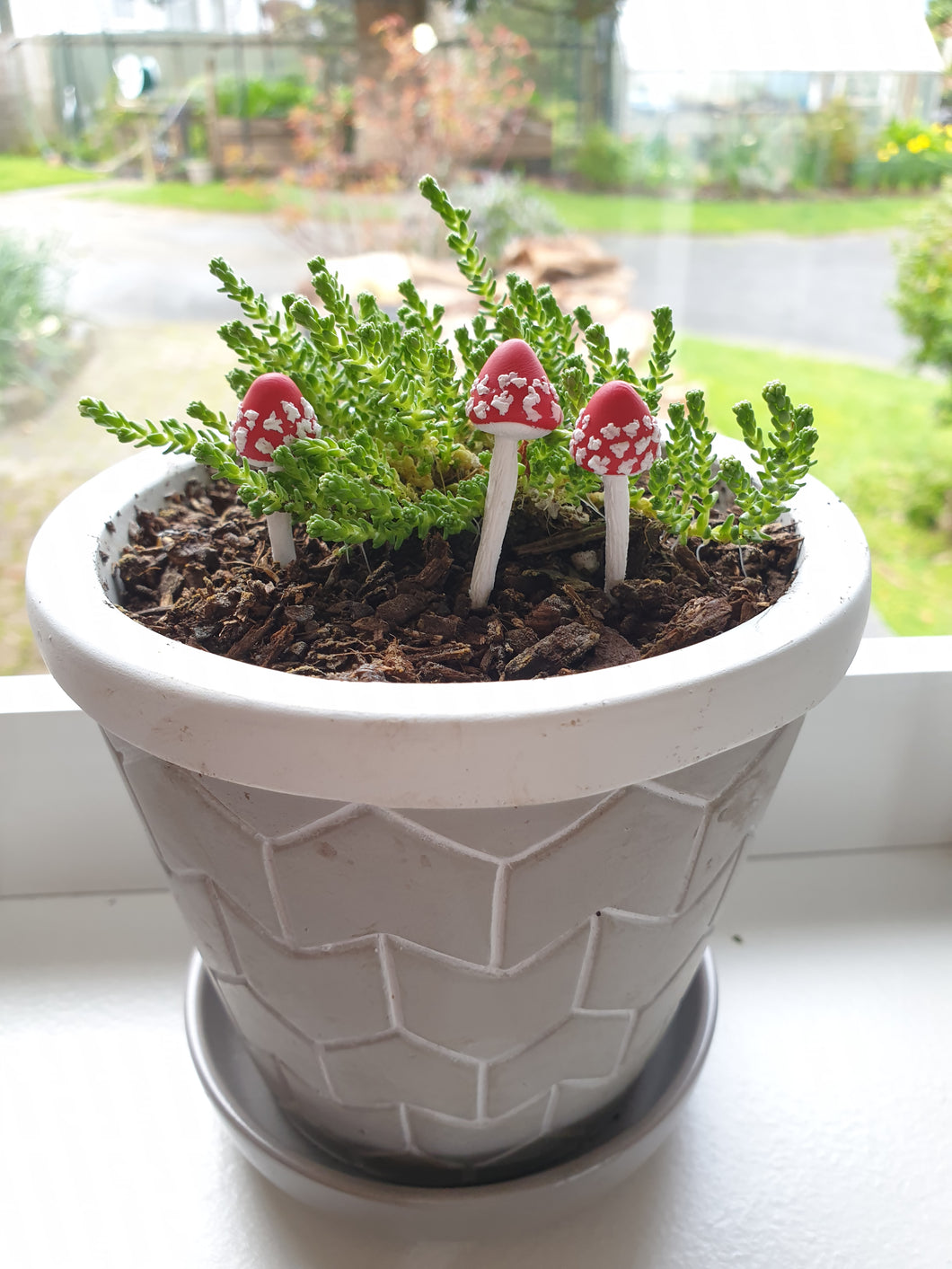Mushroom mini fairy garden stakes - rounded tops