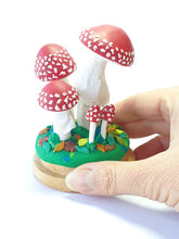Load image into Gallery viewer, Mushroom fungi sculpture - Amanita muscaria