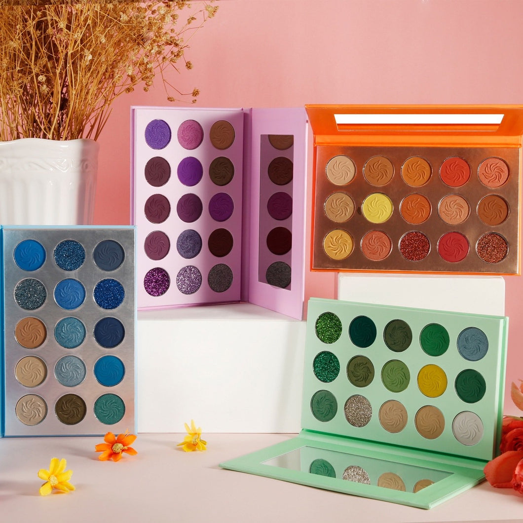 Crave Blinks Collection: 15 Color Eyeshadow Palette