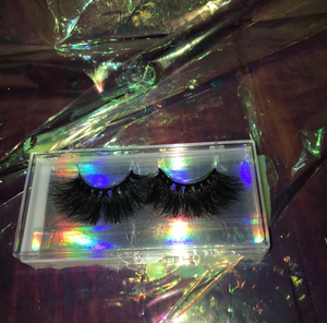 Aerglo Cosmetics Betelgeuse Lashes