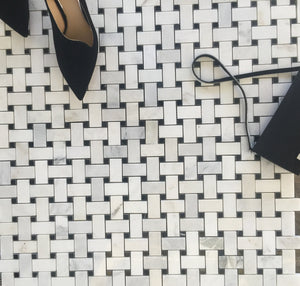 Arabescato Carrara basket weave with nero marquina