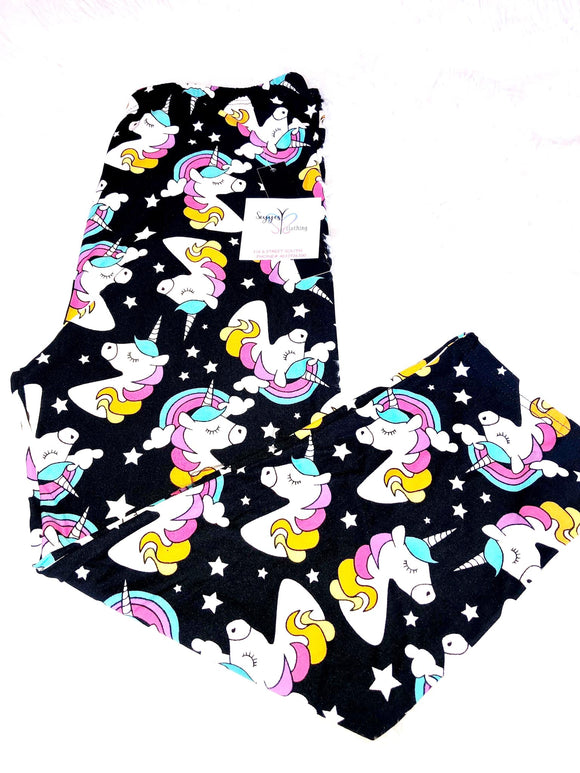 capris unicorn in multicolor print for plus size curvy women