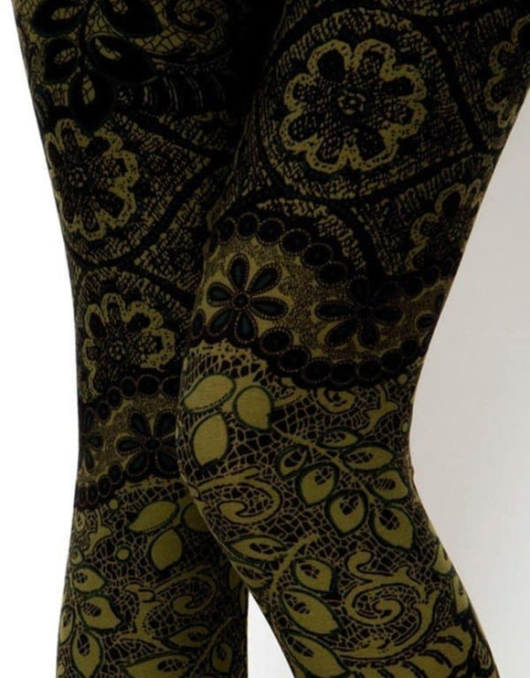 PAISLEY IN OLIVE