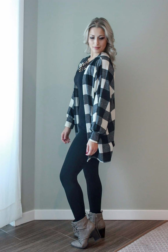 PLAID  IVORY CARDIGAN WITH SIDE POCKETS