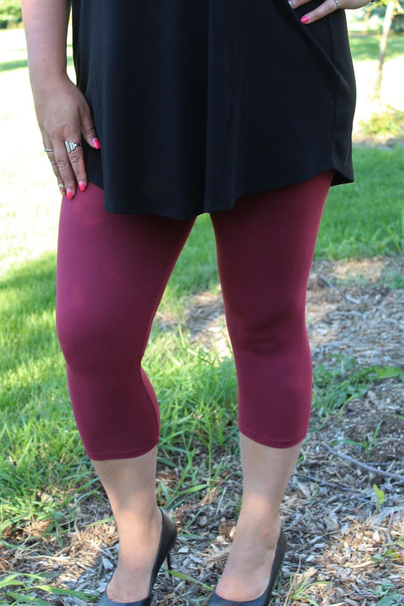 solid color capris for plus size curvy women