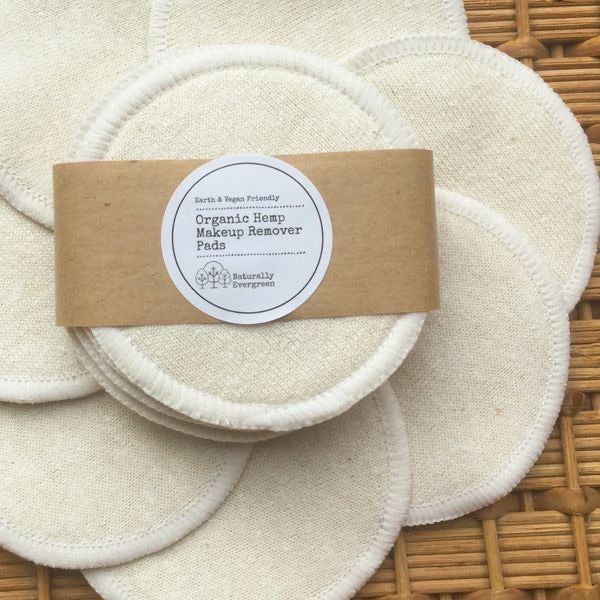 Naturally Evergreen hemp makeup remover wipes x7