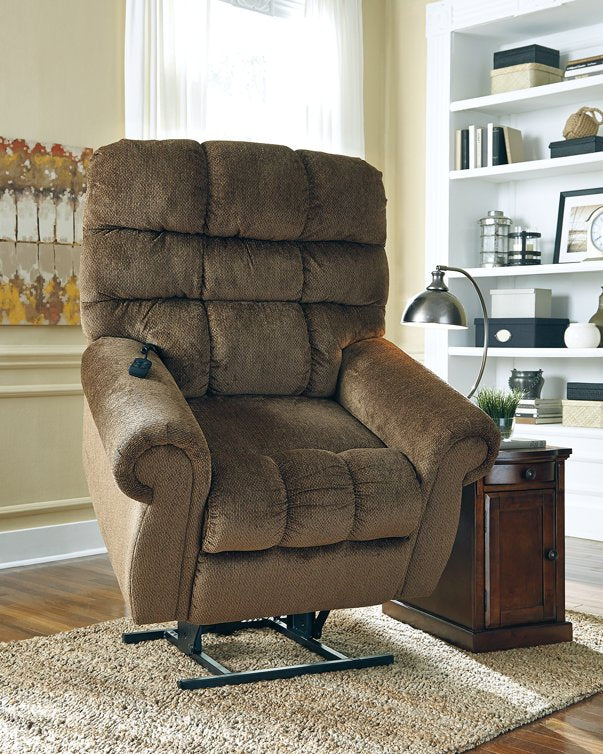 Ernestine Signature Design by Ashley Recliner image