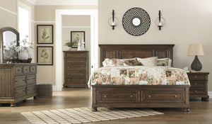 Flynnter Signature Design 5-Piece Bedroom Set with 2 Storage Drawers