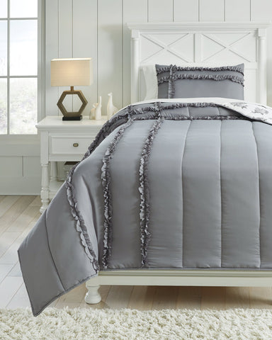 Meghdad Signature Design by Ashley Comforter Set Twin