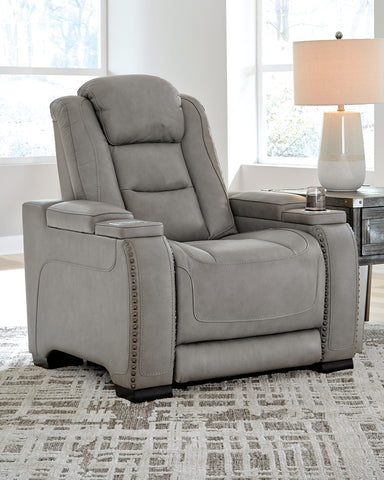 The Man-Den Signature Design by Ashley Recliner